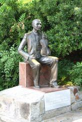 Памятник Сашо Сладуре, Пловдив